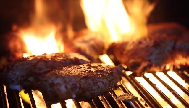 meat grilled on hot flame