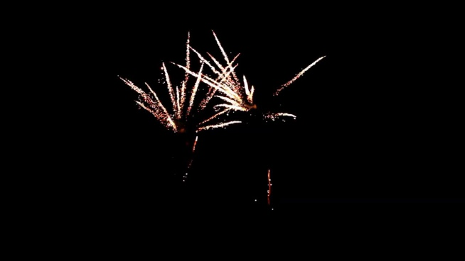beautiful twinkling fireworks performance