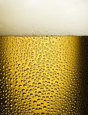 a glass of beer closeup picture