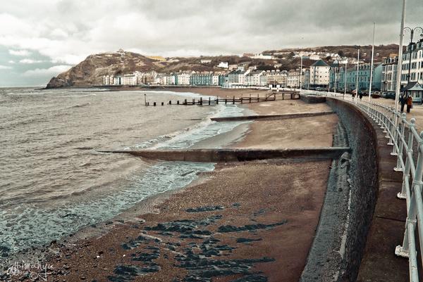 aberystwyth main beach