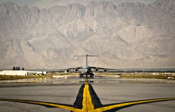 afghanistan air base aircraft