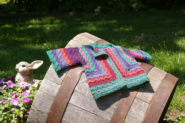 Ravelry: baby surprise jacket pattern by elizabeth zimmermann.