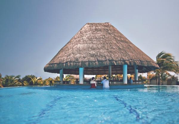 Beach Bungalow Coast Exotic Holiday Honeymoon Hut