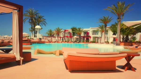beach coast exotic hotel island luxury ocean palm