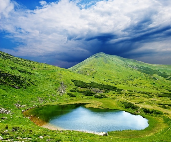 blue sky hill small lake hd picture