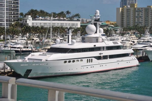 boat miami harbor 1