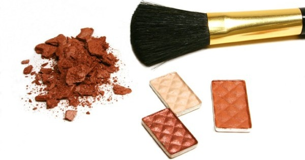 brown eye shadow definition picture