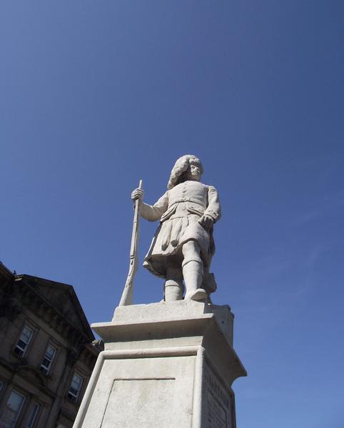 cameron highlanders memorial at station square inverness scotland
