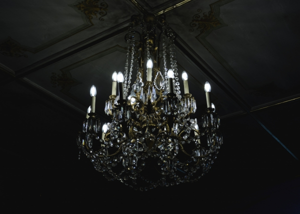 luxury classical hanging light on ceiling