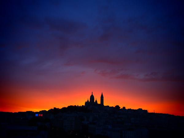 coucher de soleil rose montmartre