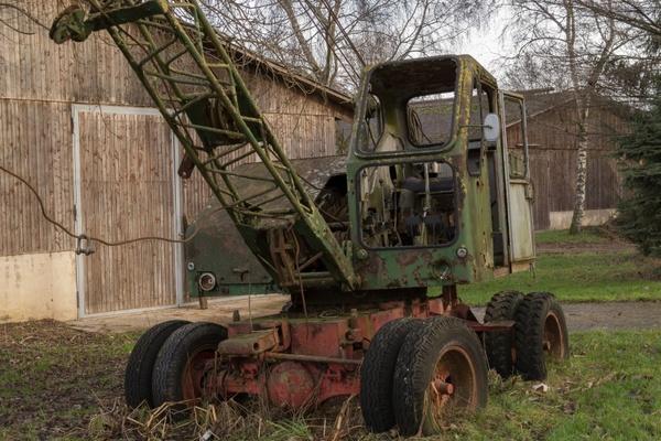 crane wreck old