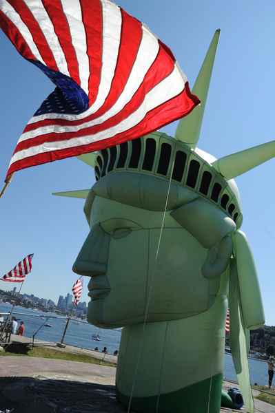 enjoy a happy 4th of july the united states of america independence day head of lady liberty american flag gas works park seattle washington usa