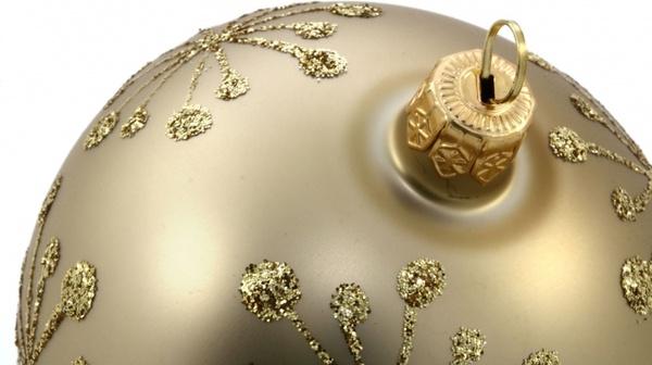 golden bauble