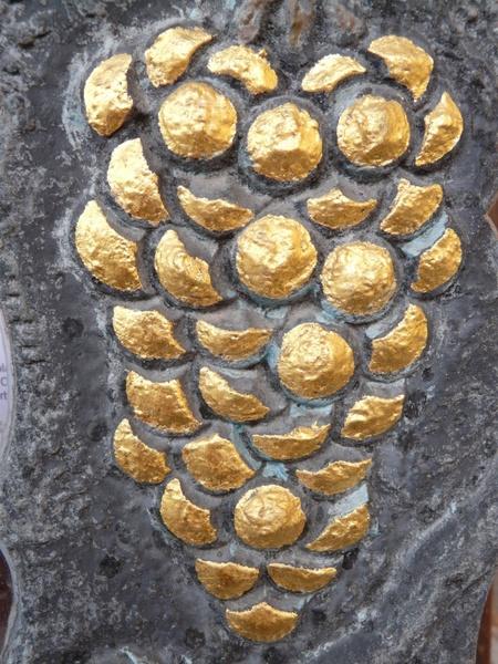 grape golden inn