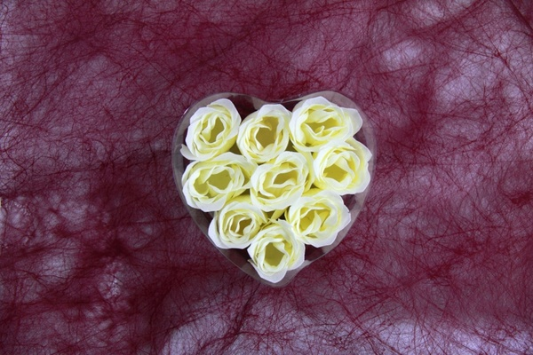 heart from roses