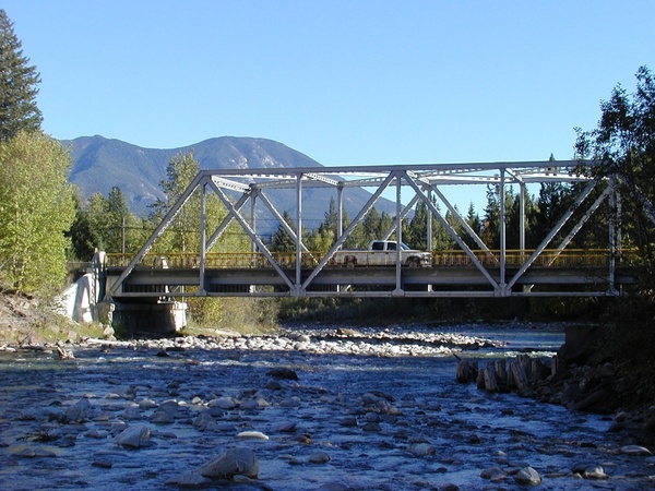 kootenay county river iron bridge
