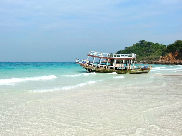 lagoon booked holiday