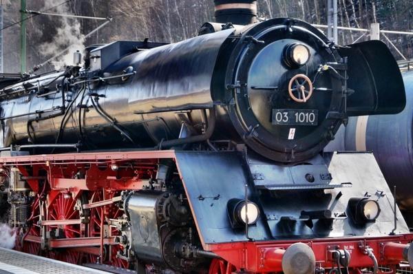 loco steam locomotive train