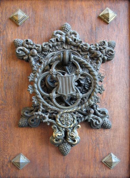 metal knocker