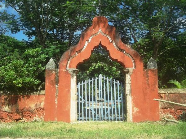 mexico gate entrance