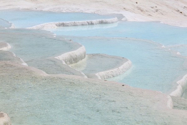 mineral pools background