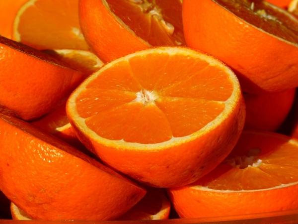 orange fruit vitamins