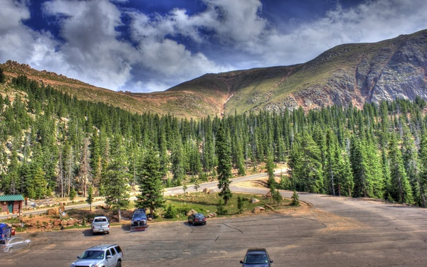 Pikes Peak Parking >> Parking Lot View At Pikes Peak Colorado Free Stock Photos In
