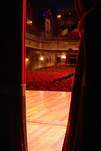 red curtain picture 6