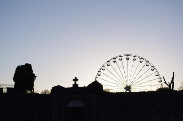 shadow ferris wheel sky