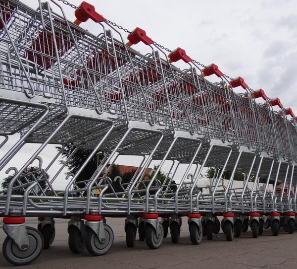 shopping cart purchasing supermarket