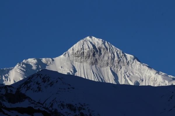 snow mountain scenery