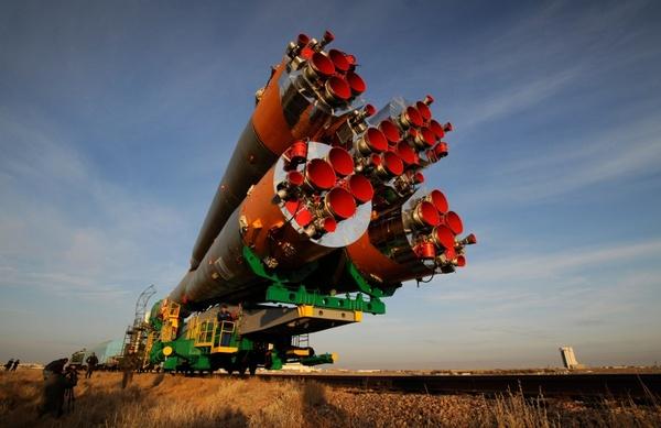 soyuz rocket spacecraft railcar