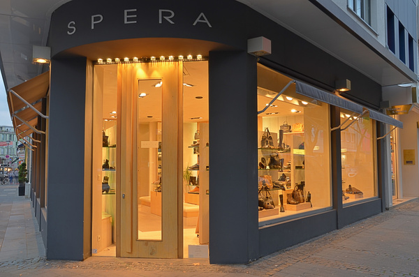 spera fashion store