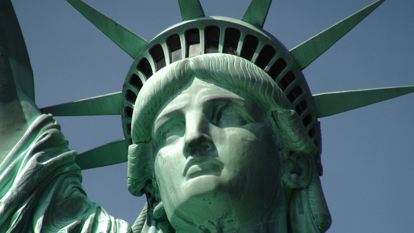statue of liberty and close up of head