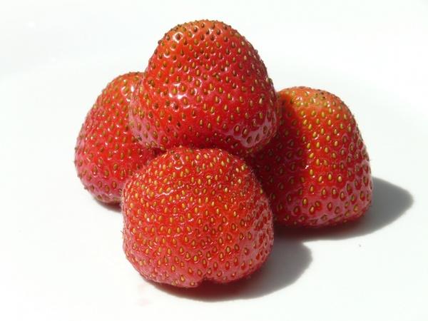 strawberry fruit sweet