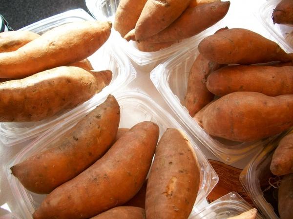 sweet-potatoes yams vegetables