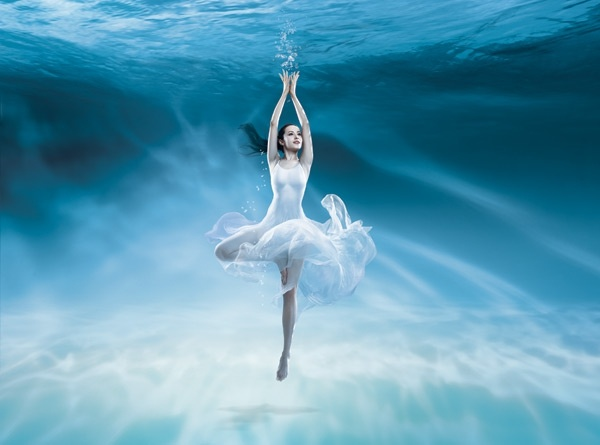 the dance under seawater beautiful psd layered