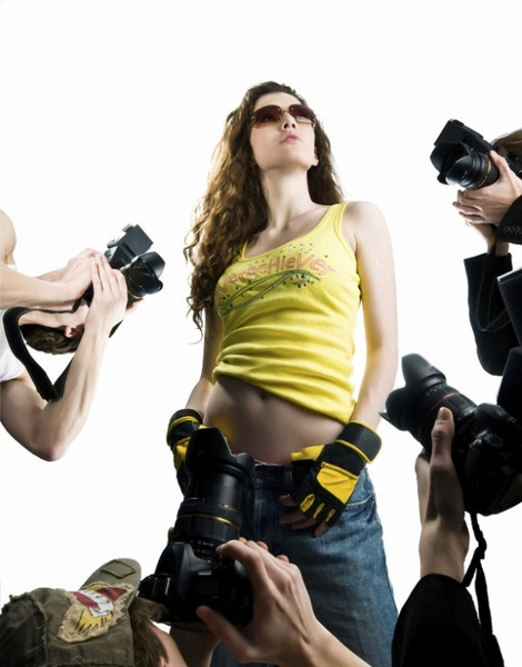 to accept highdefinition pictures of fashion models photographed