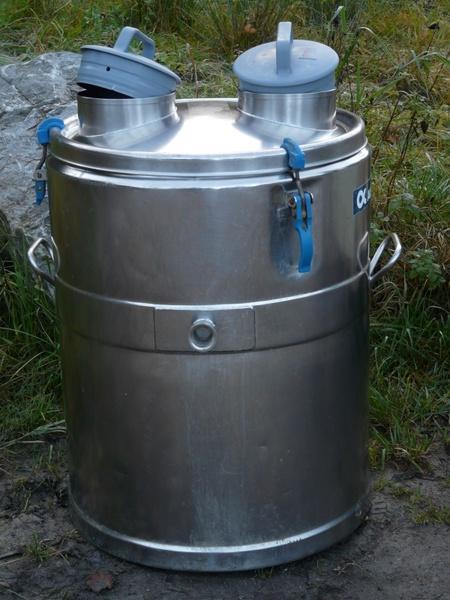 tonne of milk milk tank milchebehaelter