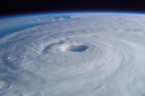 tropical cyclone hurricane isabel