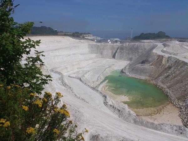 view  lime limestone white