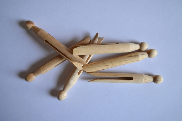 wooden clothespegs