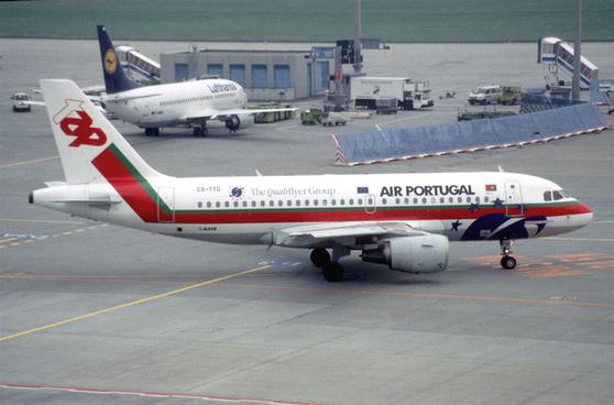 115al tap air portugal airbus a319 111 cs ttgfra23102000