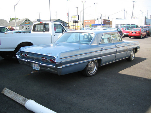 1962 oldsmobile 98 holiday sports sedan