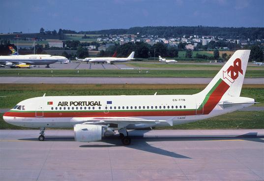 244bt tap air portugal airbus a319 111 cs ttbzrh06072003