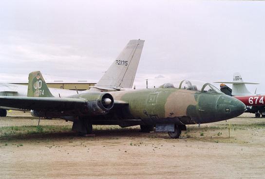 55 4274 jo martin b 57e canberra cn 376 us air force