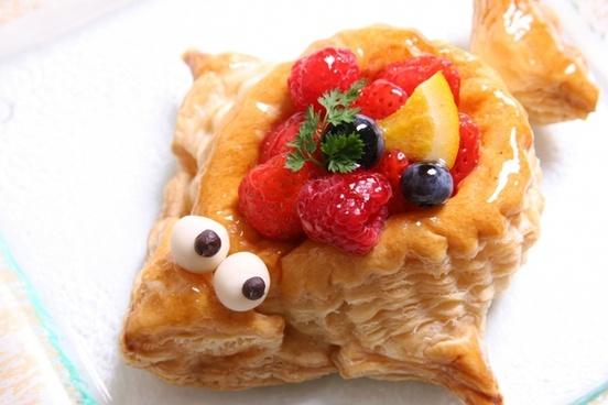 ポワソンダブリル cake pie