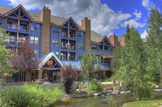 a look at the resort at breckenridge colorado