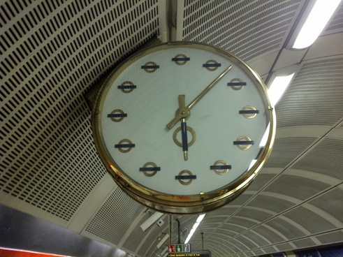 a lovely looking clock