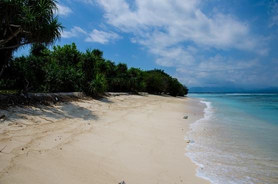 abandonded beach